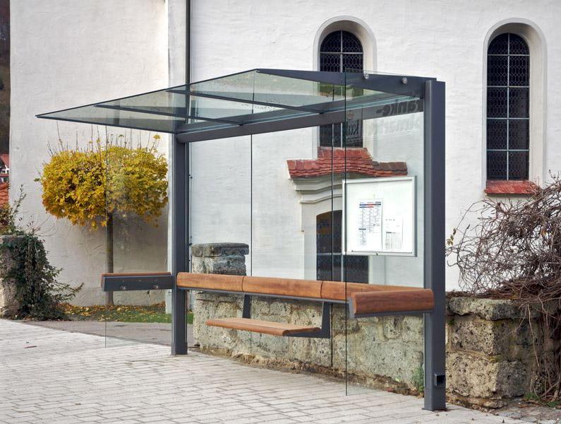 Wartehalle Meilenstein 3-feldrig mit Seitenwänden aus Glasscheiben