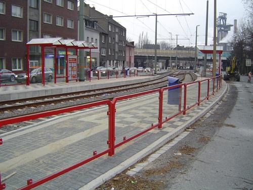 Geländer System 30 Rot, aus Stahl